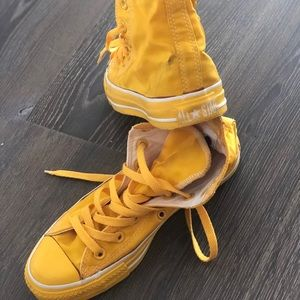 Converse Shoes | Vintage Yellow